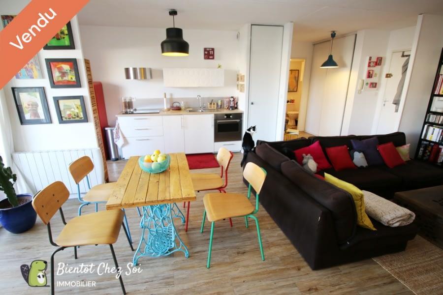 Bordeaux, 1 Chambre Chambres, 2 Chambres Chambres,1 Salle de bainsSalle de bain,Appartement,A vendre,1004