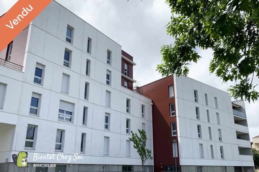 Bordeaux, 1 Chambre Chambres, 2 Chambres Chambres,1 Salle de bainsSalle de bain,Appartement,A vendre,1002